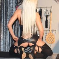 Edellady Bianca - Dominanz und BDSM-Spiele