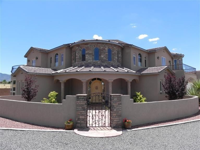 Homes for sale in north albuquerque acres albuquerque nm for Modern homes albuquerque