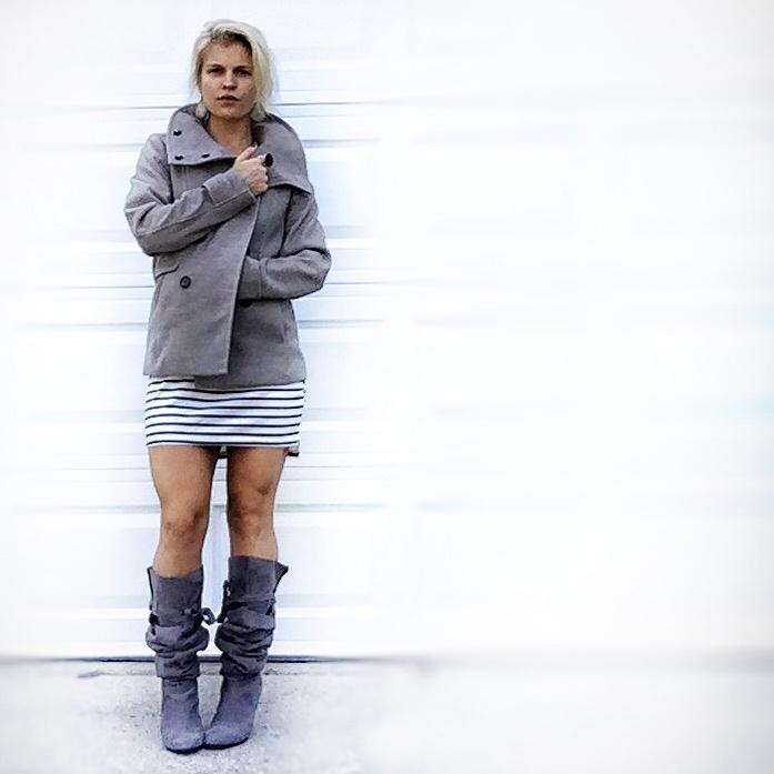 fashion.pea coat