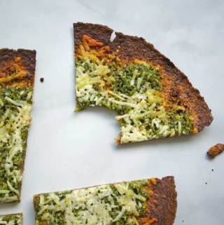 Pesto Pizza | A Nutritionist Eats