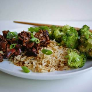 Slow Cooker Honey Soy Chicken | anutritionisteats.com