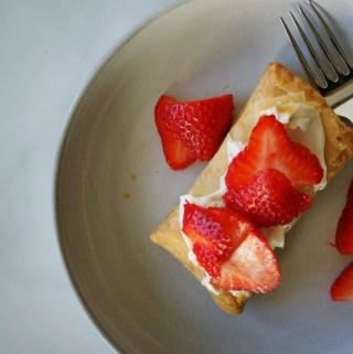 Easy Strawberry Tart | anutritionisteats.com