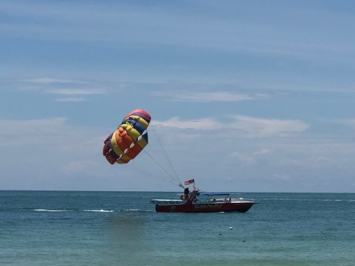 Parasail at Cenang Beach