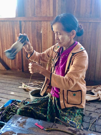 Lotus thread weaver Inle Lake