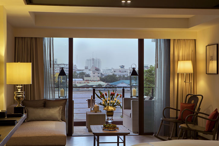 Our Premium Riva Room with a lovely river view - Riva Surya.