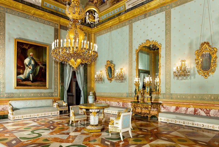 The splendid Chamber of Charles III (Photo Credit: Royal Palace Madrid)