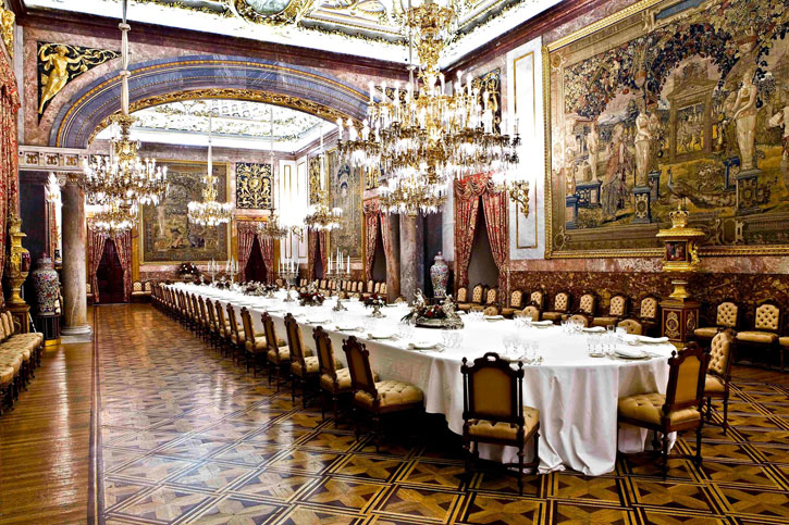 The magnificent Banqueting Hall and Ball Room (Photo credit: Royal Palace Madrid)