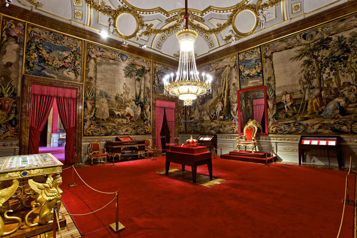The Crown Room (Photo Credit: Royal Palace Madrid)