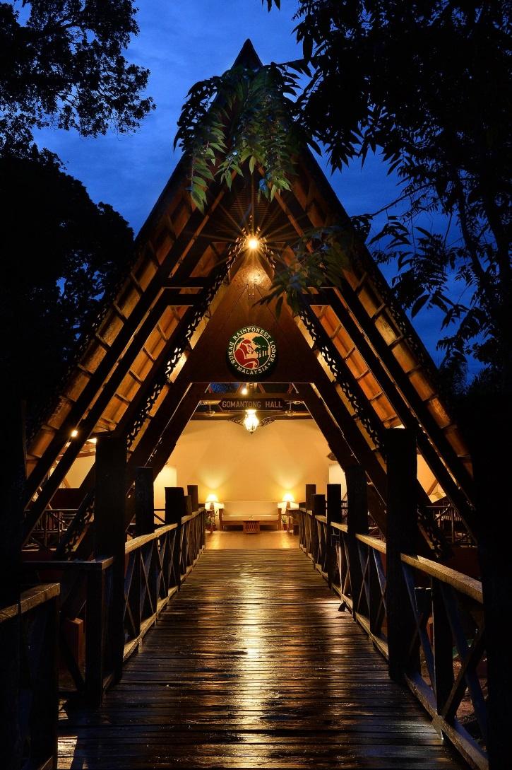 Gomantong Hall at Sukau Rainforest Lodge Photo credit: Borneo Eco Tours - in Sabah