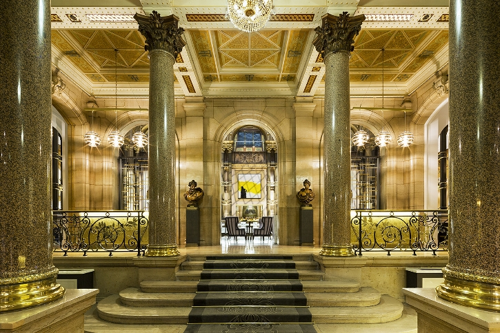 The fabulous lobby leading to the Le Grand Salon