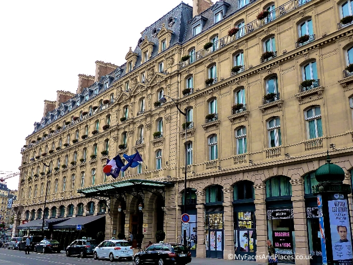 The grand building of the Hilton Paris Opera