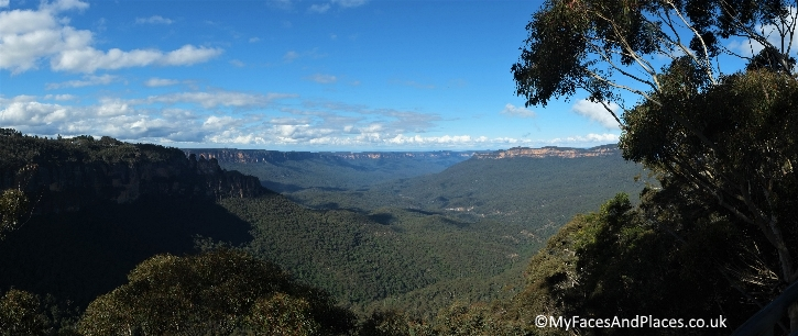 Sydney Stopover - A beautiful panoramic view of the Blue Mountains