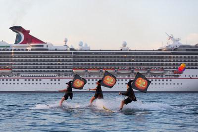 Cruises Make Happier Holidays