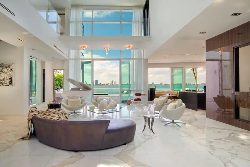 Opulent Villa Valentina in Miami Beach