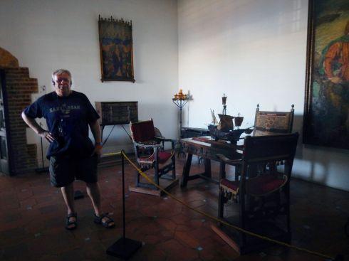 Columbus House room