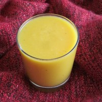 Mango Banana and Cantaloupe Smoothie