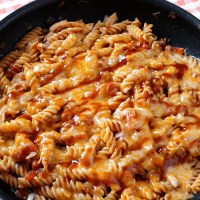 One Skillet BBQ Cheesy Chicken Pasta