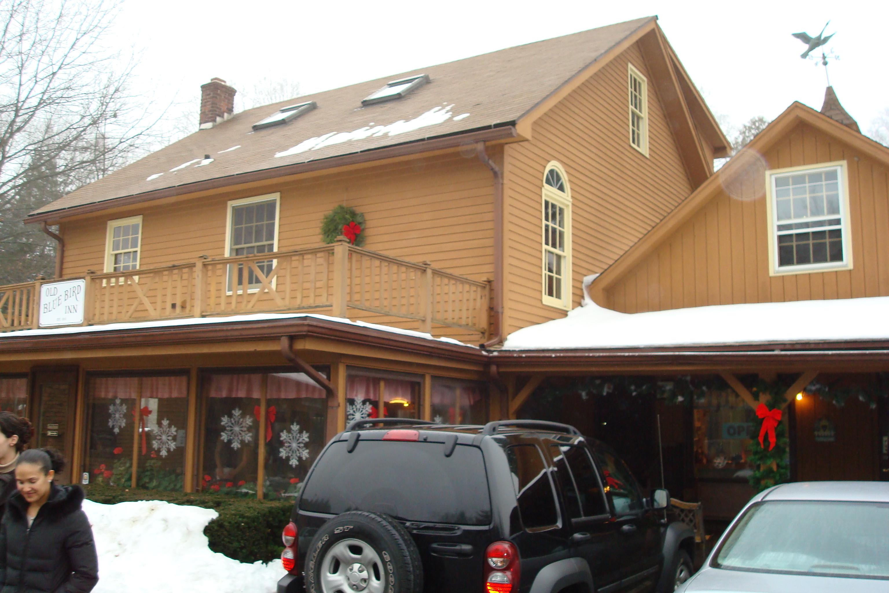 Blue Bird Inn Outside