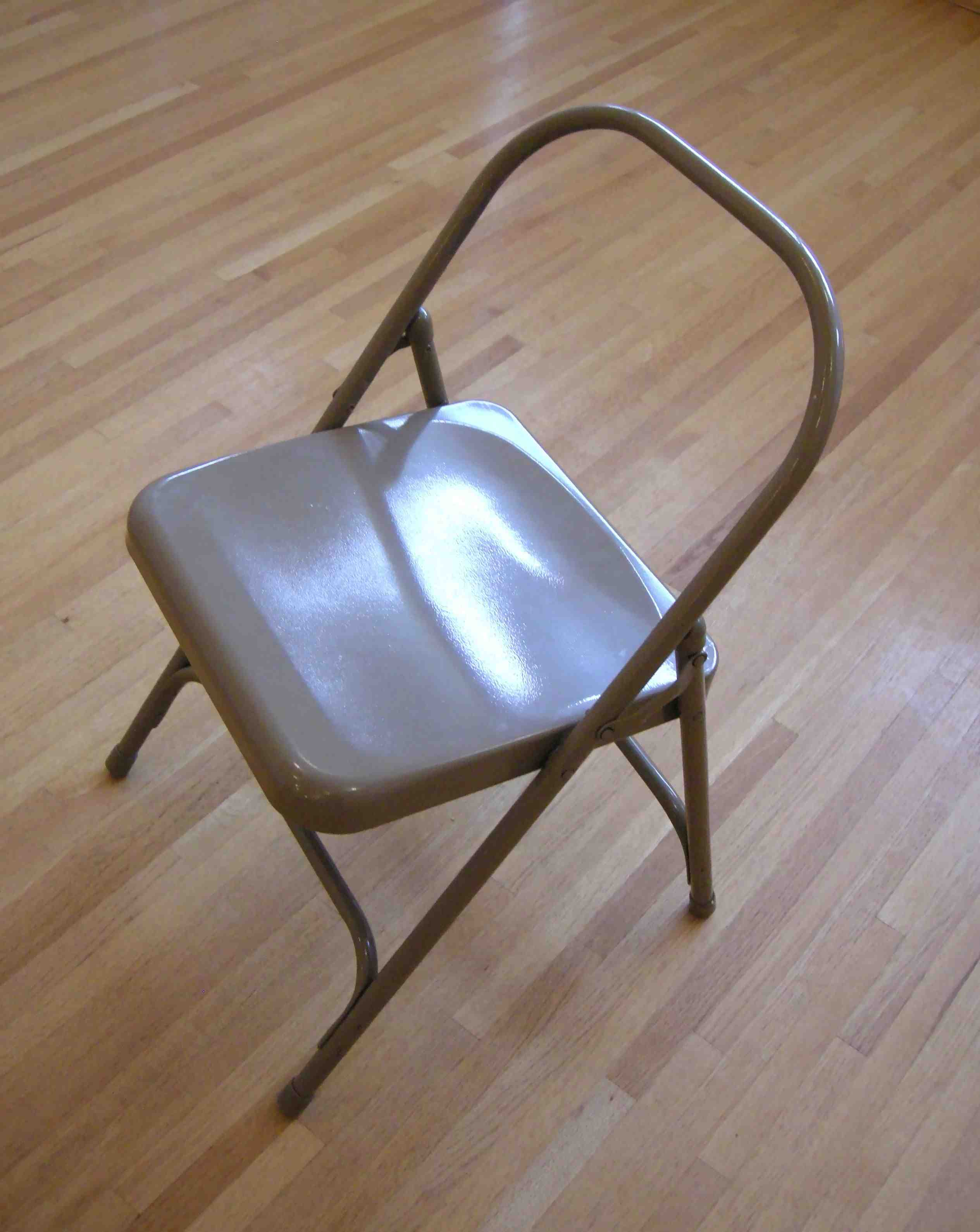 folding metal yoga chair stool bar we need chairs but where can get them five minute i did my best to make it look glamorous and desireable