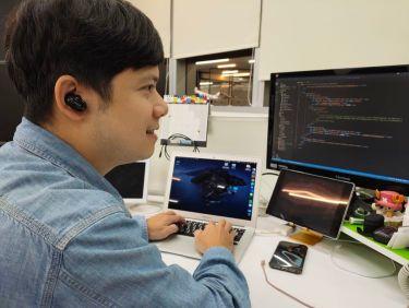 辦公室使用 1MORE 真無線降噪耳機