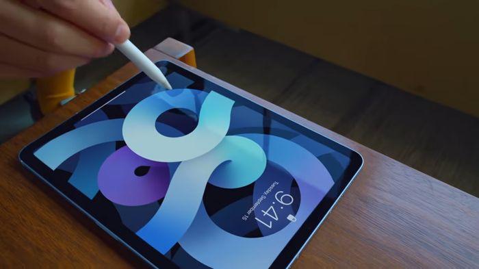Apple iPad Air 4 繽紛上市 必敗五大特點和 iPad Pro 比較