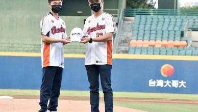 悍將中學主題日傳喜訊 林昀儒加入台灣大體育家族