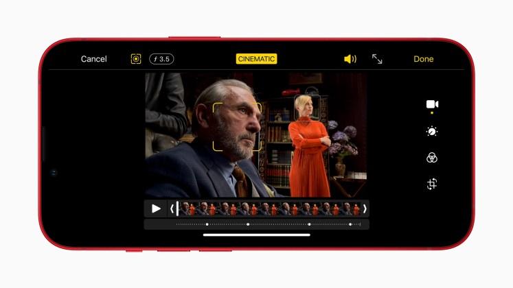 Apple iphone13 cinematic mode 09142021