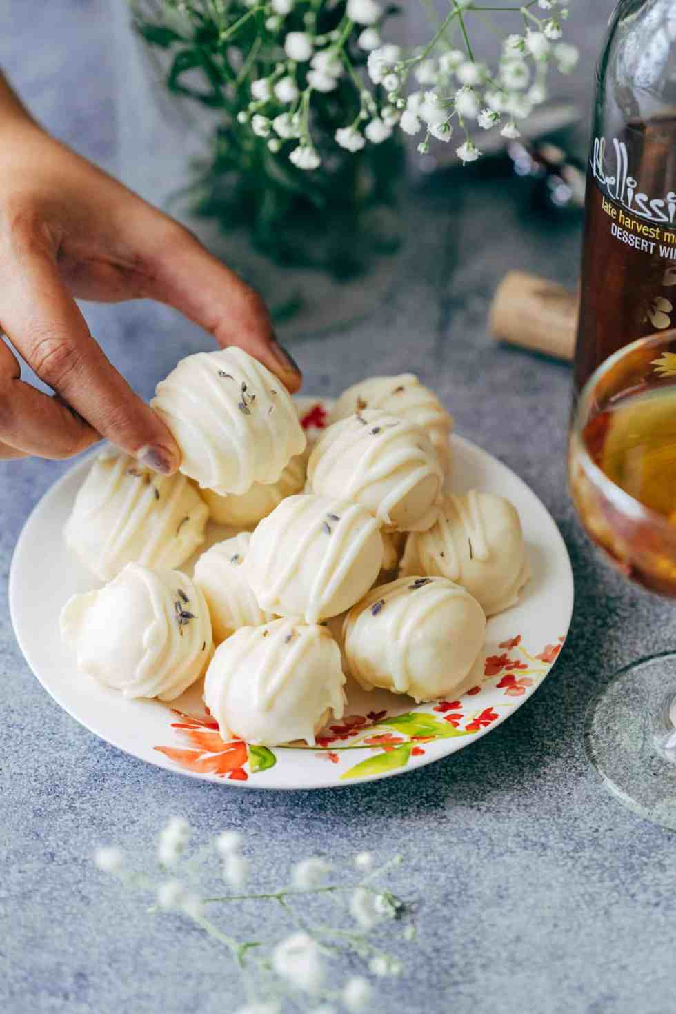 Lavender white chocolate truffles are fragrant, creamy white chocolate bites that are perfect for the festive season and holidays! Use them to serve as mini desserts, or for gifting.