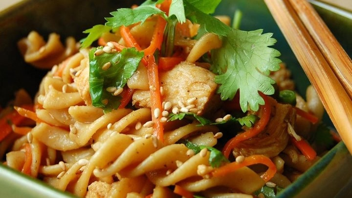 Sesame Pasta with Chicken