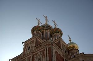 Церковь недалеко от Речного вокзала