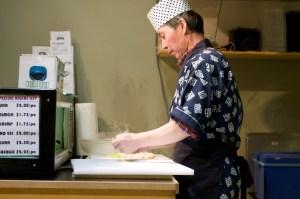 Суши-повар в кафешке