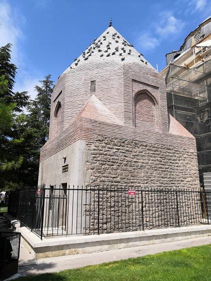 Şerafettin Tomb - Seljuk Konya