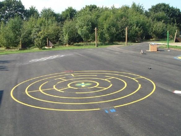 school line marking