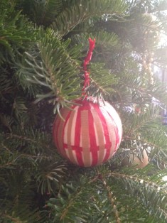 DIY Paper Christmas Ball Ornaments