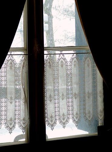 window2-1-28-2006-12-59-53-pm