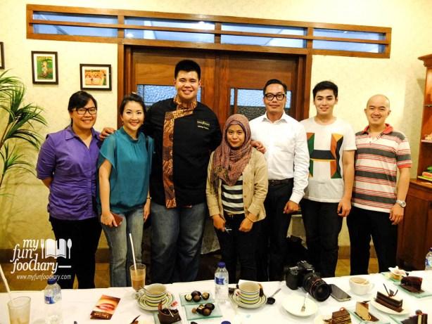 Foto bersama dengan Chef Adithya