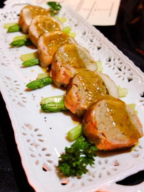 Boneless Chicken Leg Stuffed with Porcini Mushroom by Gaia