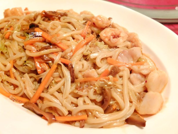 Stir Fried Shanghai style Noodles with Seafood and Shang Palace Premium X.O Sauce