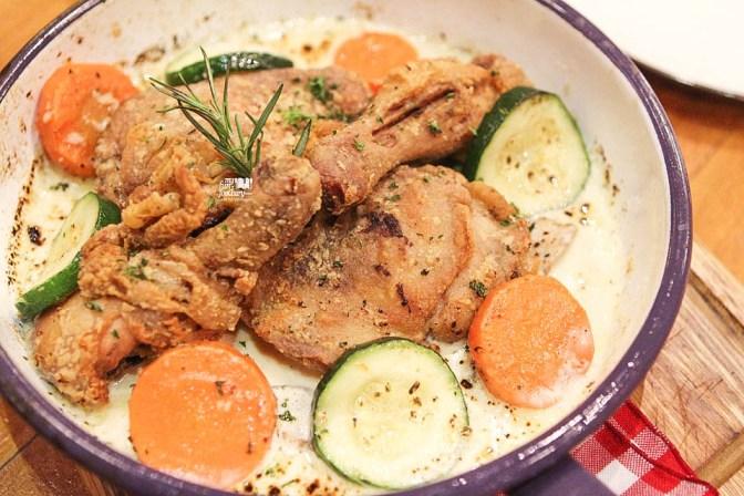 Grandma's Chicken Caserole with Creamy White Wine Sauce