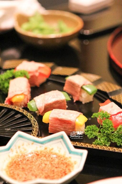 Yaki Paprika Nigiri Sushi Beef Maki