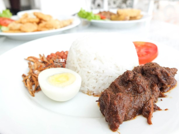 Nasi Lemak with Beef Rendang at Snowbowl PIK by Myfunfoodiary