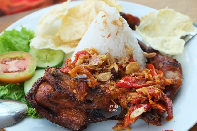 Ayam Penyet Lawangwangi at Lawang Wangi Art Space Bandung by Myfunfoodiary