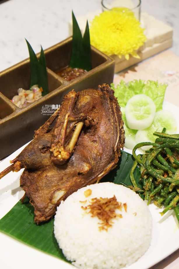 Crispy Duck at Bebek Tepi Sawah Citos - by Myfunfoodiary