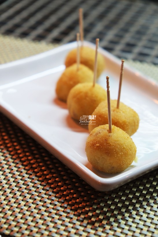 Croquettes at Tapas Movida by Myfunfoodiary
