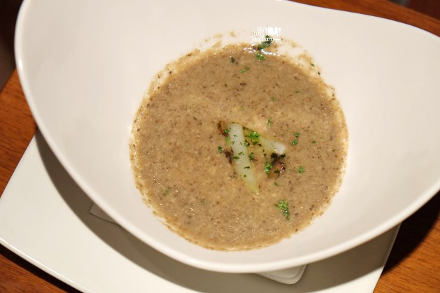 Signature Mushroom and Potato Soup at Scusa Intercontinental MidPlaza by Myfunfoodiary