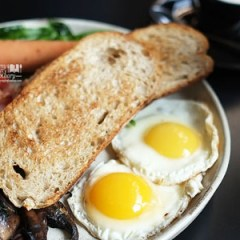 [Kuliner Bandung] Delicious Big Breakfast at Two Hands Full Coffee