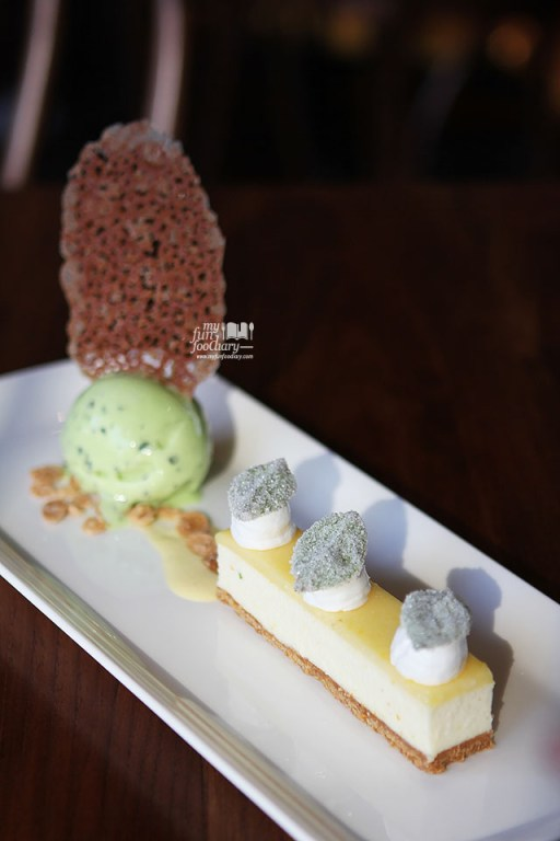 Citrus Tart with Italian Meringue and Basil Ice Cream at Canteen Pacific Place by Myfunfoodiary