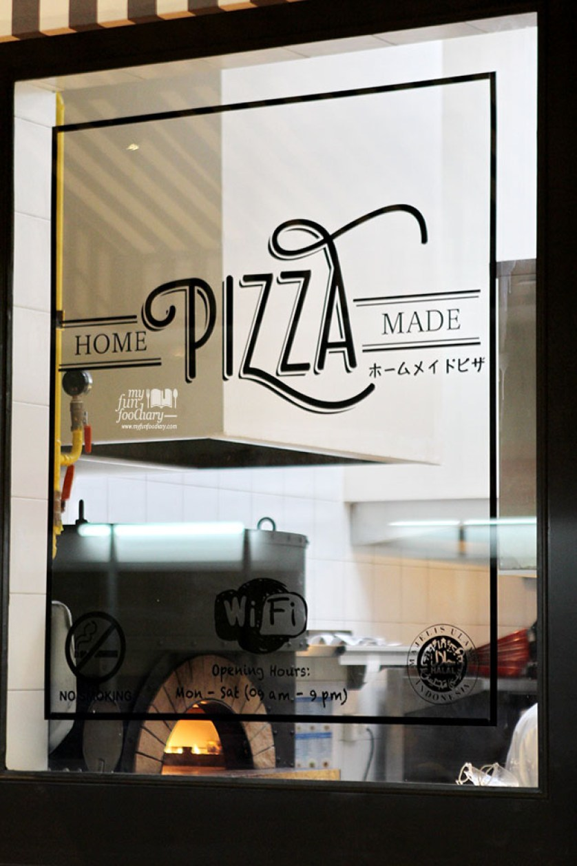 Homemade Pizza at Popolamama Indonesia by Myfunfoodiary copy