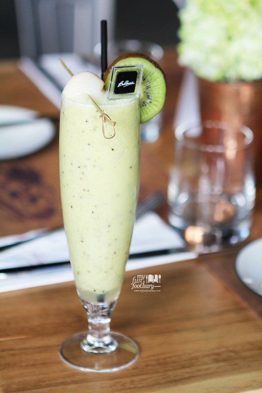 Lychee and Kiwi Smoothie at Balboni Ristorante by Myfunfoodiary