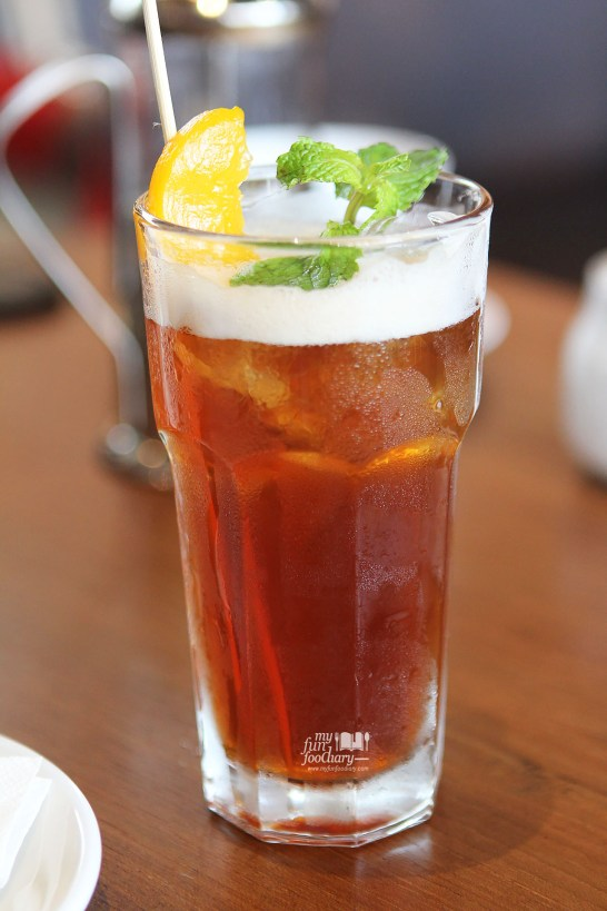 Peach Iced Tea at Canteen Pacific Place by Myfunfoodiary